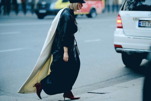 Le-21eme-Adam-Katz-Sinding-Rustaveli-State-Theatre-Mercedes-Benz-Fashion-Week-Tbilisi-Spring-Summer-2018_AKS5424-900x600.jpg