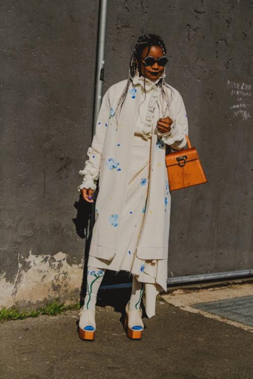 fw20-mfw-milan-street-style-tyler-joe-day-3-128-1582396206-e1619583390357.jpg