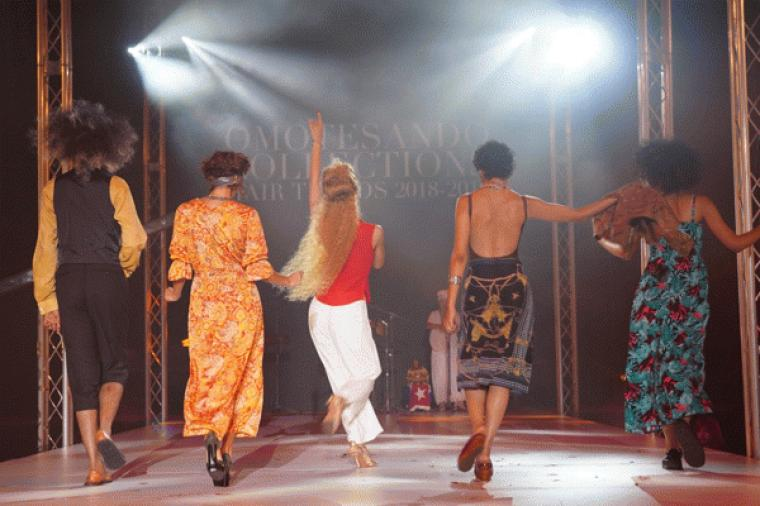 OMOTESANDO COLLECTION 2018-2019        東京青山で開催された 年に一度のトレンドヘアショー